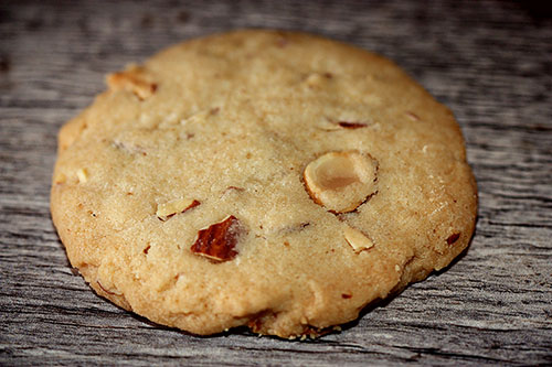 Toasted Almond Shortbread Cookies