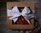 1lb Caramel Gift Box